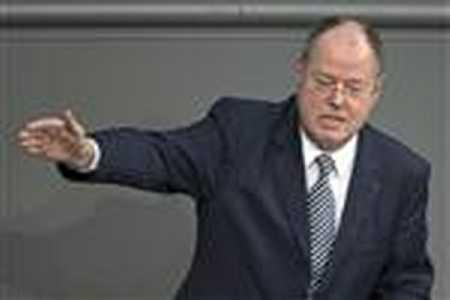 Demonization_Nazi_Salute-PoliticianSalute
